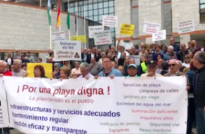 SAL Protest outside the Town Hall