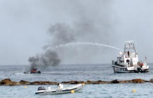 ALM Boatfire 01