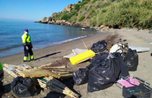 NRJ Illegal Camp sites - beach clear up