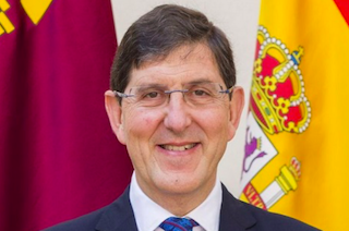 SPN Murcian Minister Resigns over Vaccination