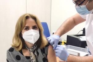 ALM Pharmacist Maria Vaccinated