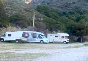 LHR Camper Vans on Cantarrijan