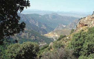 FTR Huenes Panoramic Valley Shot